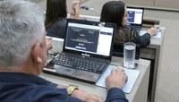 Câmara amplia transparência com implantação de painel de votação eletrônica