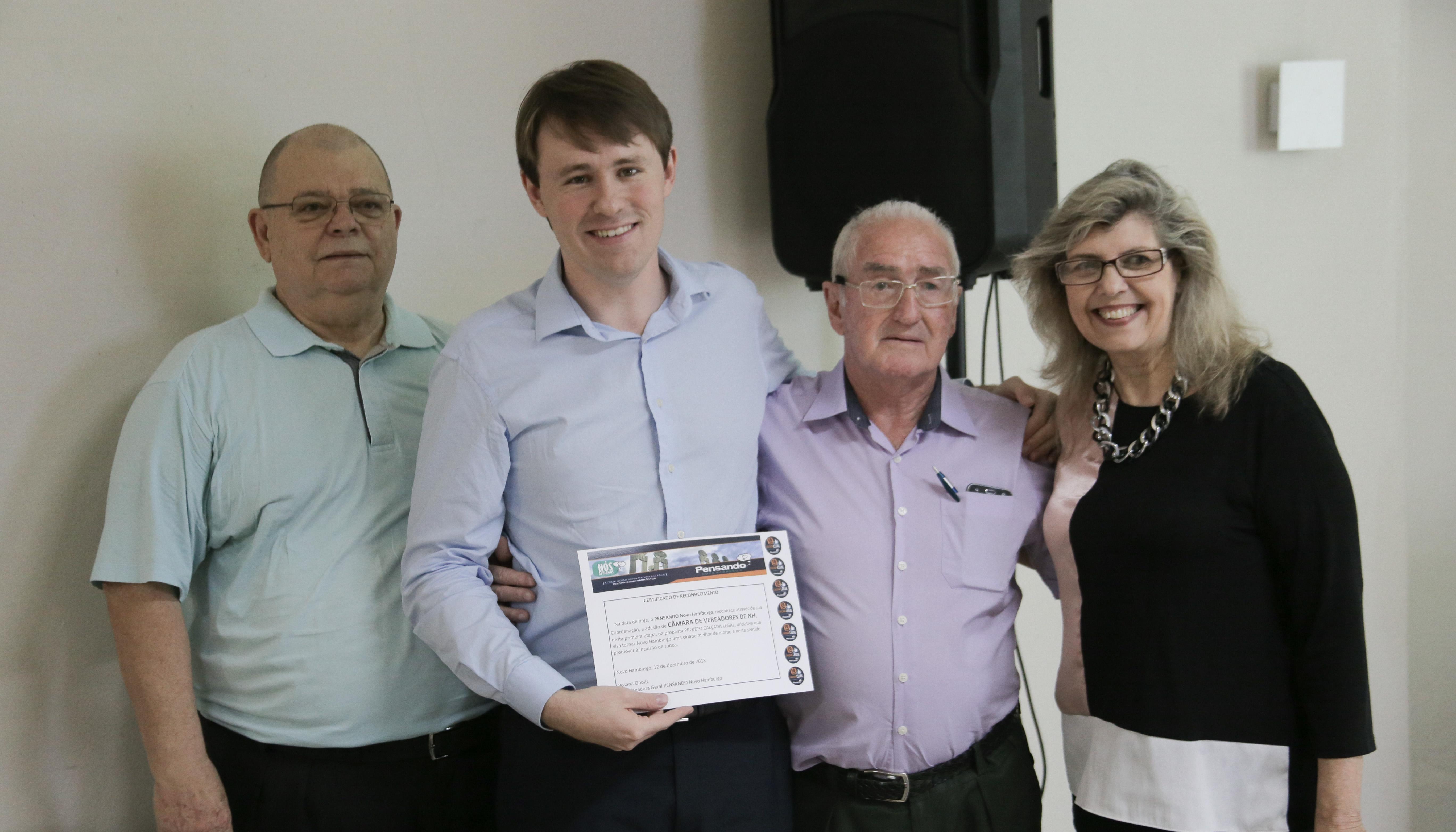 Câmara recebe reconhecimento do Grupo Pensando Novo Hamburgo