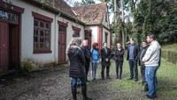 Comissões buscam impedir agravamento da deterioração da Casa da Lomba
