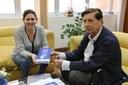 Em visita, Consinos apresenta plano estratégico para a região
