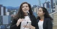 Estudantes apresentam projeto de reciclagem de embalagens de medicamentos