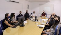 Gerência de Comunicação Social apresenta resultados em reunião com a Mesa Diretora