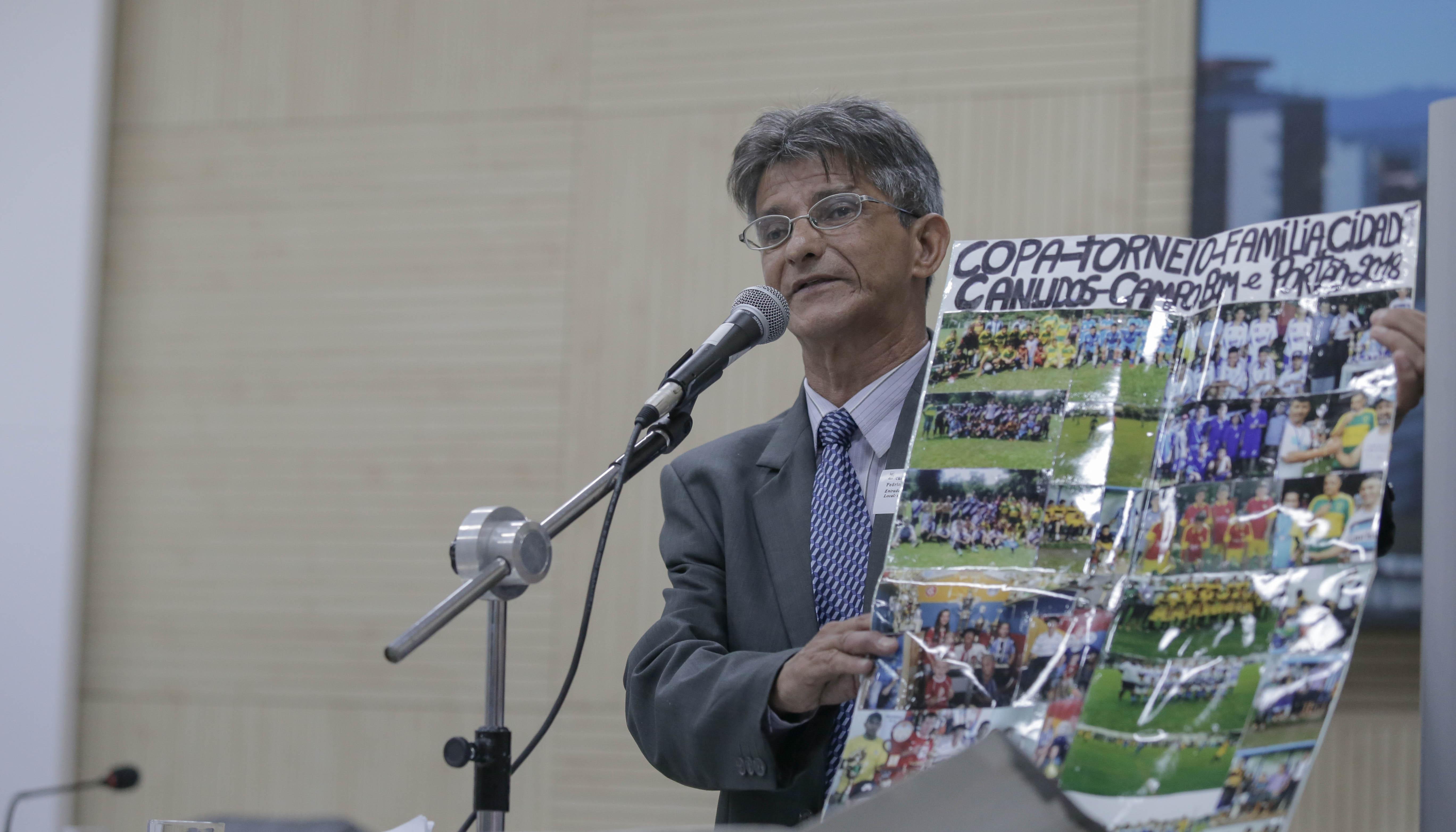 Líder comunitário defende abertura de rua no bairro Canudos