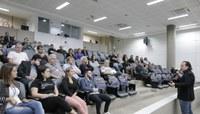 Palestra para público interno aborda habilidades humanas nas relações profissionais