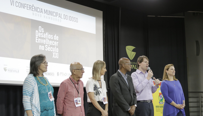 Presidente participa da abertura da 6ª Conferência Municipal da Pessoa Idosa