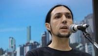Professores estaduais em greve buscam apoio dos vereadores para evitar mudanças sugeridas por governador