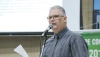 Projeto de lei extingue conselhos escolares e fortalece atuação das Apemems