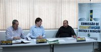 Projeto de reposição salarial dos servidores municipais avança nas comissões