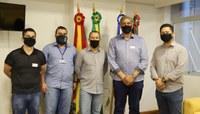 Raizer recebe deputado federal Giovani Feltes em visita institucional