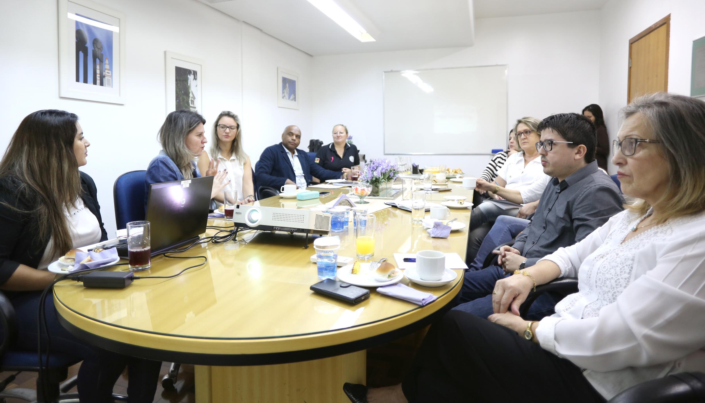 Rede integrada municipal promoverá ações para aprimorar atendimento às mulheres vítimas de violência