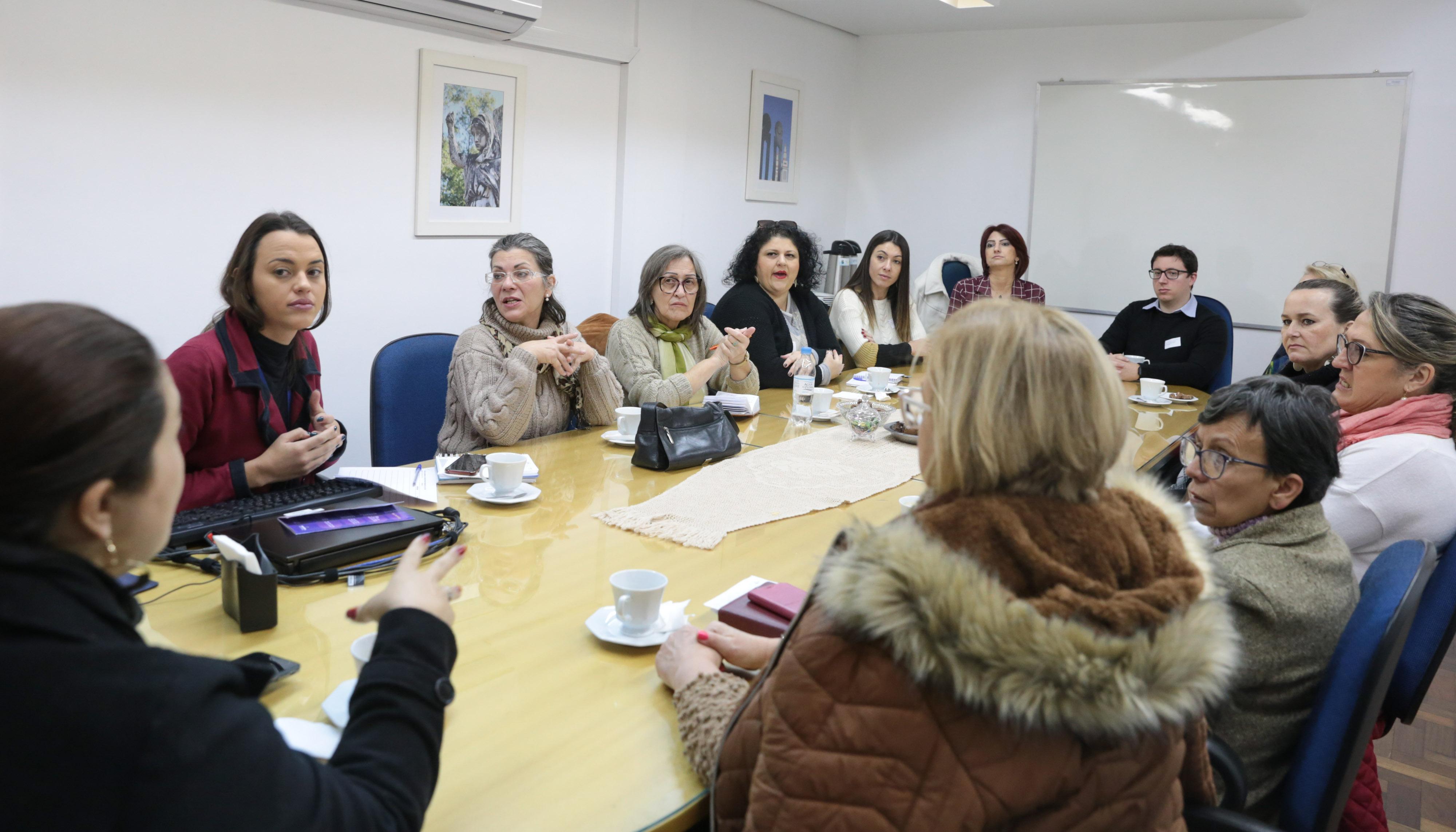 Rede Lilás discute estratégias de integração e monitoramento