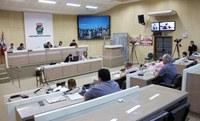 Vereadores aprovam projeto que estende auxílio-alimentação da Prefeitura para CCs de menor salário