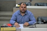 04/05/2020 - Vereador Fernando Lourenço fiscaliza serviço na rua Alfredo Marotzki