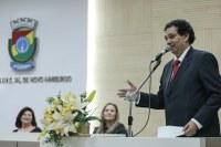 04/12/2019 - Vereador Inspetor Luz solicitou substituição de uma lâmpada na avenida Pedro Adams Filho