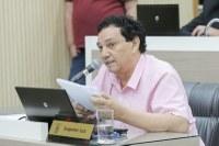 05/02/2020 - Inspetor Luz solicita substituição de lâmpada queimada na avenida Vereador Adão Rodrigues de Oliveira