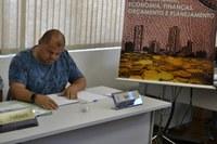 05/03/2020 - Fernando Lourenço demanda estudo para colocação de asfalto na rua Lauro Birk
