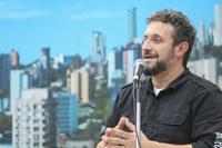 05/09/2018 - Vereador Issur Koch solicita melhorias na praça Waldemar Klippel em Canudos