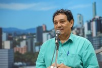 06/02/2020 - Vereador Inspetor Luz solicita remoção de entulhos na rua Barão do Rio Branco