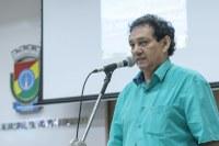 06/12/2019 - Vereador Inspetor Luz solicita remoção de galhos depositados na esquina das ruas Bento Gonçalves e Paraíba