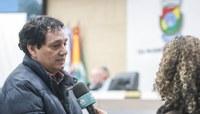 09/09/2019 - Vereador Inspetor Luz solicita remoção de fios de iluminação caídos na Av. Pedro Adams Filho