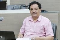 10/03/2020 - Vereador Inspetor Luz solicita colocação de banco em parada de ônibus da rua Valença no bairro São Jorge
