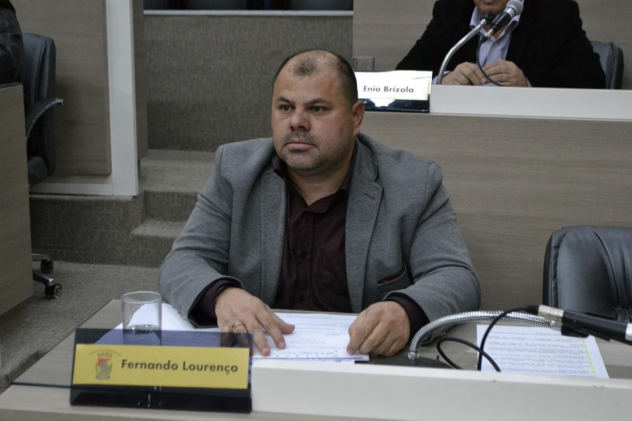 11/03/2020 - Fernando Lourenço demanda estudo de viabilidade para alteração de sentido de tráfego na rua Paulino José Rodrigues