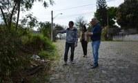 11/09/2019 - Vereador Nor Boeno conversa com moradores do bairro Petrópolis e encaminha demandas
