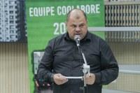 14/05/2020 - Fernando Lourenço demanda recolhimento de galhos na rua Colúmbia