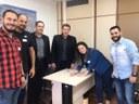 14/11/2019 - Serjão recebe novos filiados no gabinete