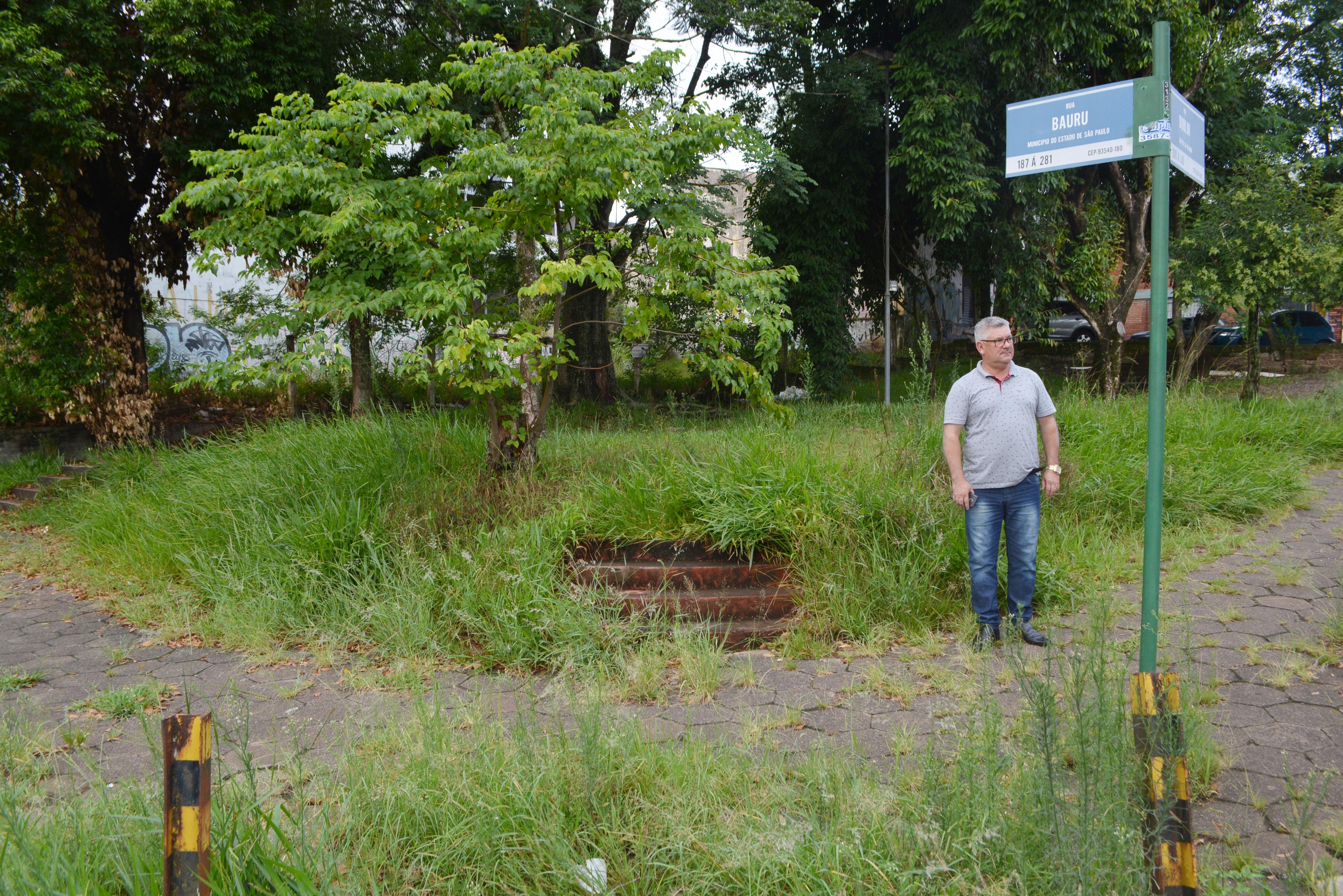 17/01/2019 - Vereador Nor Boeno protocola pedidos de melhorias em espaço de lazer na Vila Kunz
