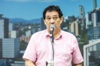17/02/2020 - Vereador Inspetor Luz solicita conserto de buraco no bairro Operário