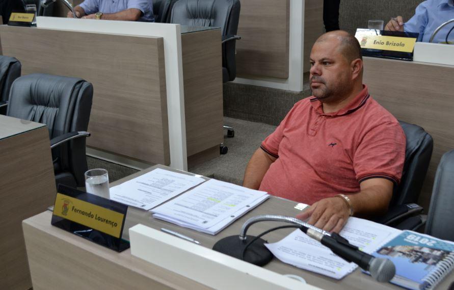 17/04/2019 – Fernando Lourenço solicita conserto de infiltração na rua Bartolomeu de Gusmão