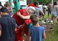 17/12/2018 - Associação de Moradores da Vila Iguaçu realiza festa de Natal com o apoio de Nor Boeno