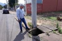 18/09/2018 - Vereador Nor Boeno solicita conserto de tampa de boca de lobo no bairro Canudos