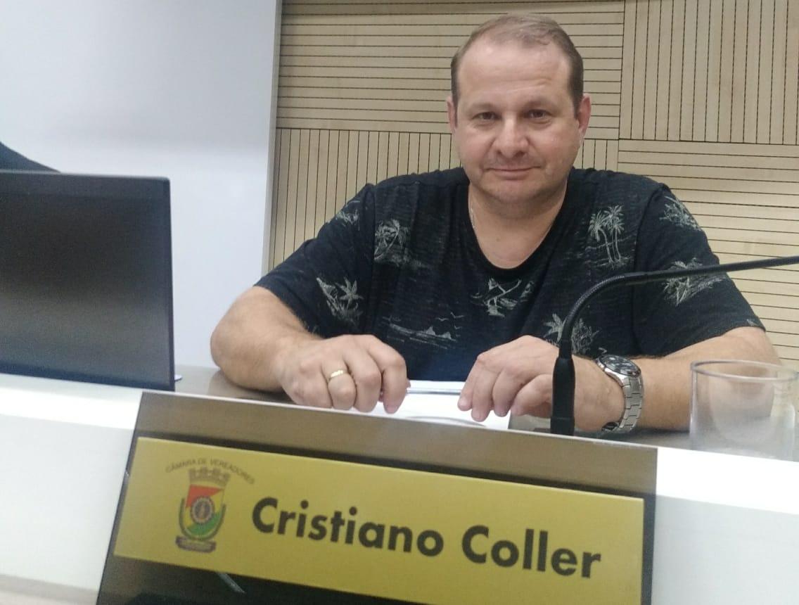 18/11/2019 - Cristiano Coller solicita operação tapa-buracos no bairro Rondônia