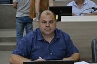 21/11/2019 - Fernando Lourenço demanda recapeamento asfáltico na avenida Primeiro de Março