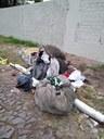 28/02/2019 - Fernando Lourenço requisita limpeza e recolhimento de entulhos em rua do bairro Rio Branco