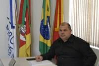 28/02/2020 - Vereador Fernando Lourenço requisitou consertos e limpeza em praça na rua Reinoldo Heckler