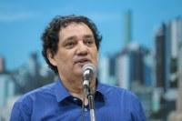 28/10/2019 - Vereador Inspetor Luz solicita conserto do buraco na rua Carlos Germano Burckle no bairro Ideal