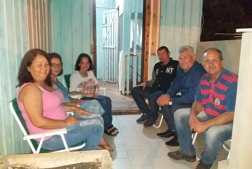 28/10/2019 - Vereador Nor Boeno dialoga com moradores do bairro Primavera no Mandato Comunitário