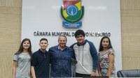 31/10/2019 - Cristiano Coller prestigia sessão do Projeto Vereador Mirim