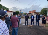 31/03/2021 - Presidente Raizer participa de reunião com Executivo e moradores do bairro Santo Afonso
