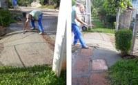 19/12/2018 - Vereador Fernando Lourenço acompanha serviço de recomposição de calçada no bairro Canudos